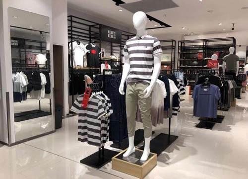 品牌休闲服装