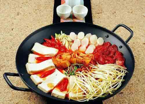 [韩国料理加盟排行榜]韩国料理加盟品牌哪个好?无极花韩国料理加盟怎么样?