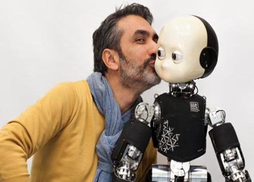 咔嗒爸爸机器人教育口碑如何?投资加盟好盈利吗?
