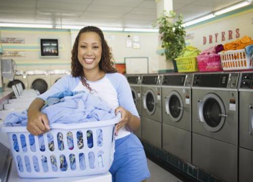 [做干洗店能赚钱吗]做干洗店赚钱吗?开涤星洗涤设备店需要注意什么?