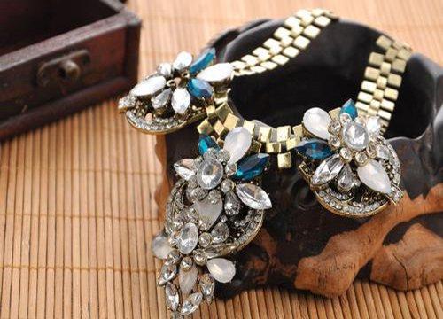 晶石灵水晶饰品