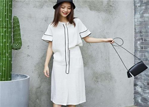 衣品时尚女装