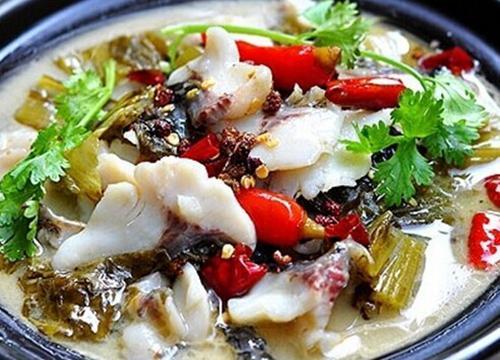 下半年做什么生意好 開給力魚哥酸菜魚快餐加盟店市場紅火