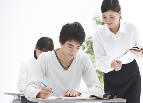 如何加盟培训机构 忆触记发特色教育手把手教你创业
