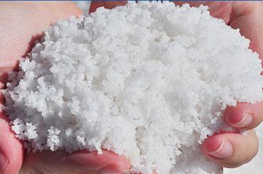 湖盐引领市场 铺销路 货源稳